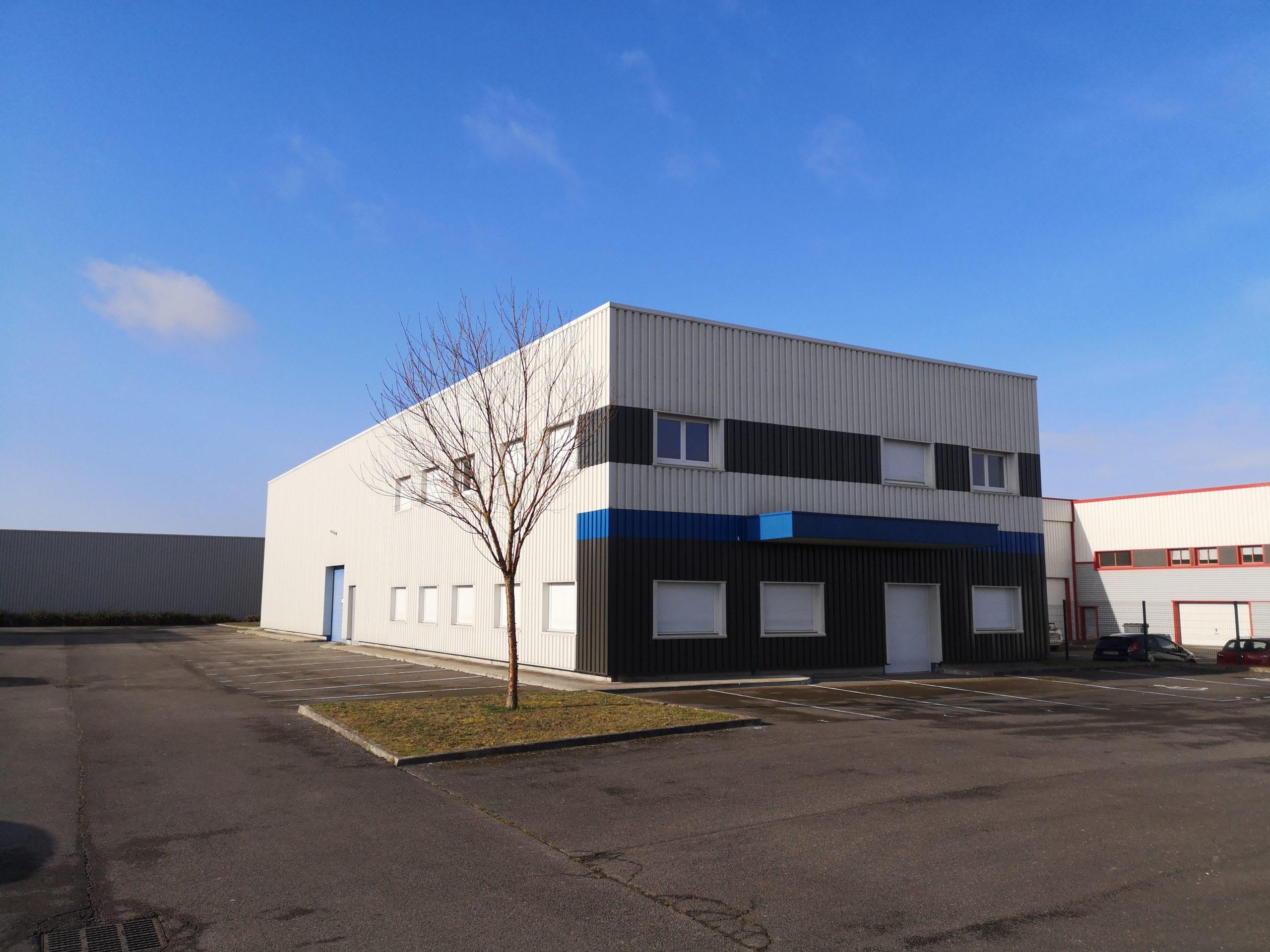 Bâtiment d'activités – 695 m² – La Neuvillette
